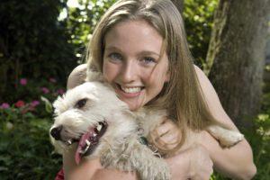 Le solutions existent pour la coprophagie de votre chien